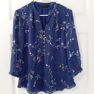 WHBM Floral Buttoned Blue 3/4 Sleeve Blouse Size 2